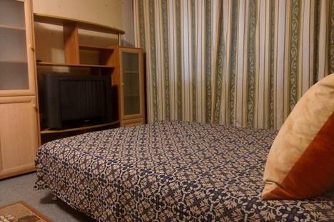 Сдается 1-комнатная квартира посуточно в Челябинске, улица Карла Либкнехта, 1.