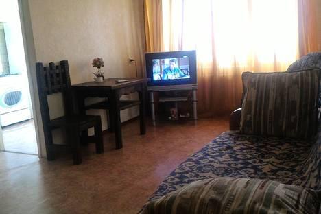 Сдается 2-комнатная квартира посуточно в Уфе, проспект Октября, д. 92/1.