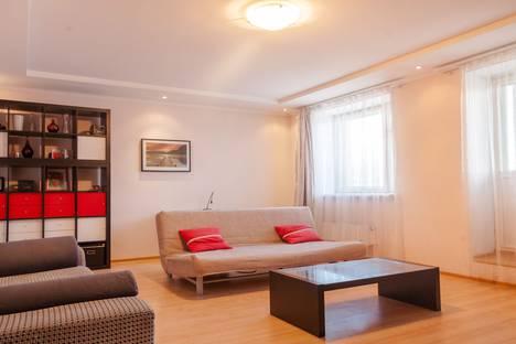 Сдается 2-комнатная квартира посуточно, улица Минская, 81.