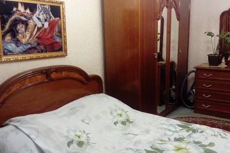 Сдается 3-комнатная квартира посуточнов Абзаково, Вокзальная, 5.