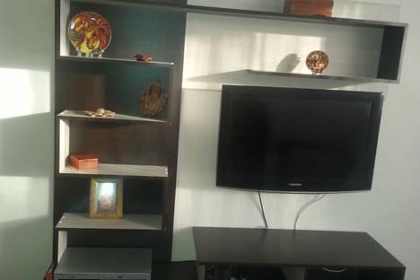 Сдается 3-комнатная квартира посуточно в Саратове, тархова 39.