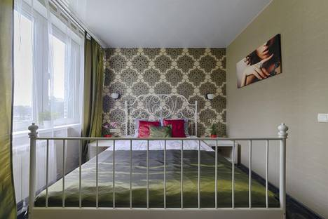 Сдается 3-комнатная квартира посуточно в Минске, улица Скрыганова 4б.
