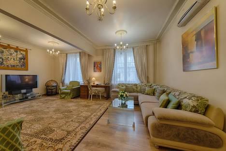 Сдается 3-комнатная квартира посуточно в Минске, проспект Независимости 23.