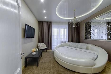 Сдается 4-комнатная квартира посуточно, улица Кальварийская 16.