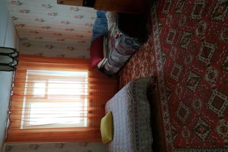 Сдается 2-комнатная квартира посуточно, ул. Стахановская, 28.