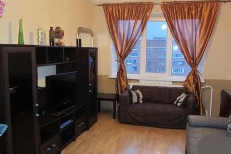 Сдается 2-комнатная квартира посуточно в Туле, улица Лейтейзена, 6.