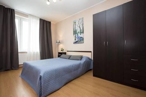 Сдается 2-комнатная квартира посуточнов Екатеринбурге, улица Куйбышева, 21.