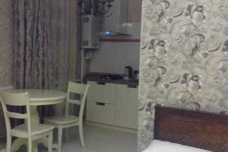 Сдается 1-комнатная квартира посуточно в Нальчике, улица Лермонтова, 30.