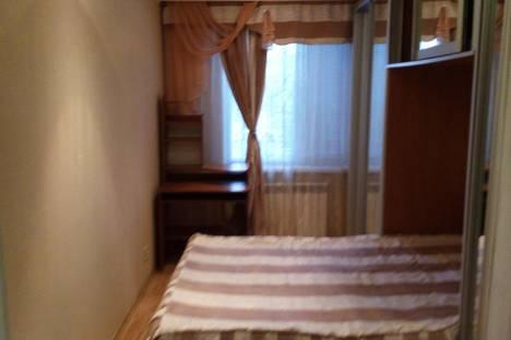 Сдается 3-комнатная квартира посуточно в Уральске, Евразия 104.