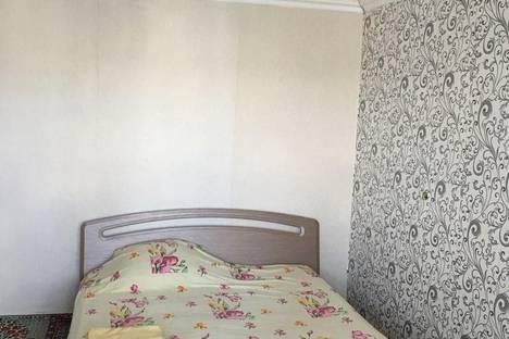 Сдается 2-комнатная квартира посуточно в Белой Церкви, Грушевского, 10.