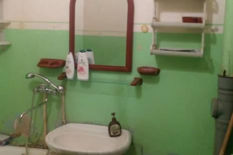 Сдается 1-комнатная квартира посуточнов Якутске, Октябрьская, 27/3.