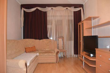Сдается 1-комнатная квартира посуточнов Ухте, ул. Дзержинского д.29.