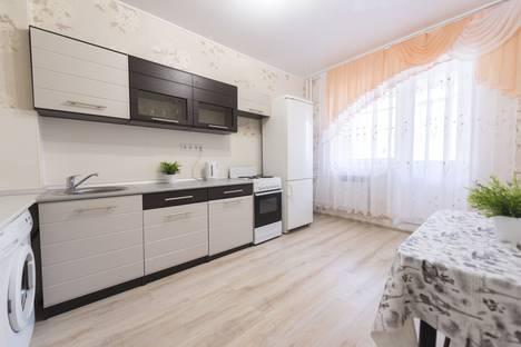 Сдается 1-комнатная квартира посуточно, ул. Четаева, 10.