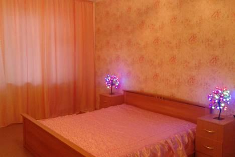 Сдается 1-комнатная квартира посуточно в Энгельсе, улица Кондакова, 48А.