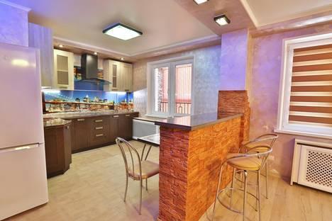 Сдается 1-комнатная квартира посуточнов Воронеже, улица Шишкова 72/3.