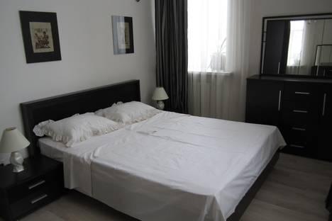 Сдается 3-комнатная квартира посуточнов Бишкеке, улица Юсупа Абдрахманова, 119.