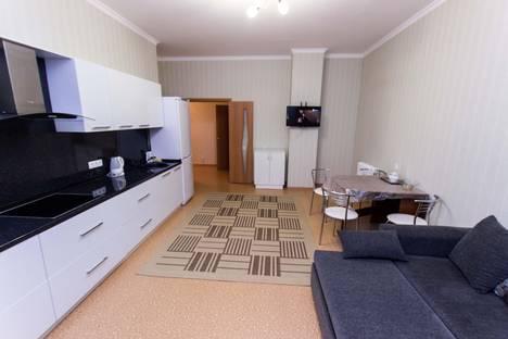 Сдается 1-комнатная квартира посуточно в Астане, проспект Бауыржана Момышулы 2а.