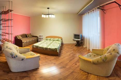 Сдается 1-комнатная квартира посуточно, улица Куратова д.3.