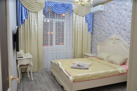 Сдается 3-комнатная квартира посуточно, площадь Ленина, 12.
