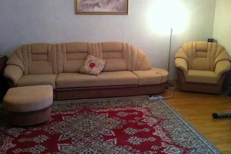 Сдается 1-комнатная квартира посуточно в Энгельсе, ул. Тельмана, 150/1.