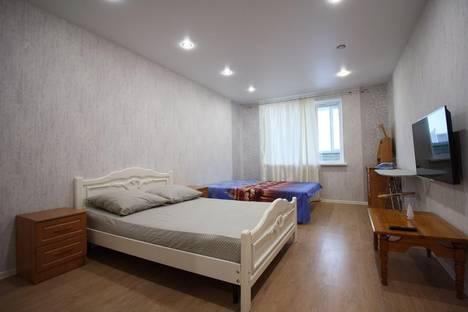Сдается 1-комнатная квартира посуточнов Чебоксарах, Радужная улица 14.