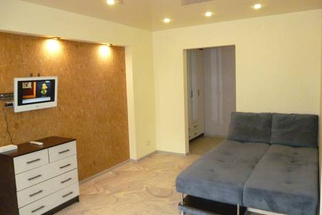 Сдается 1-комнатная квартира посуточнов Шелехове, улица Красный Путь 72/1.