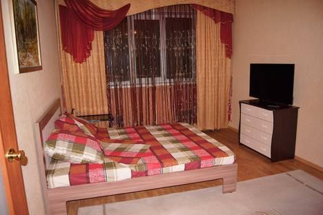 Сдается 2-комнатная квартира посуточно в Норильске, Комсомольская улица, 25.