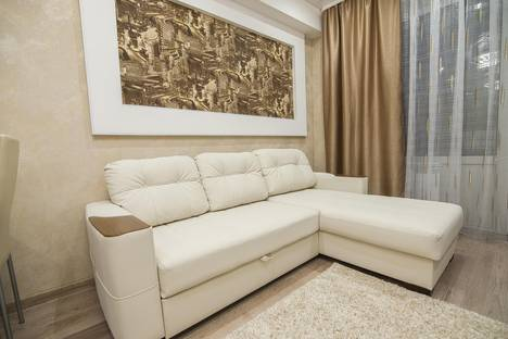 Сдается 2-комнатная квартира посуточнов Южно-Сахалинске, Комсомольская улица 279а/2.