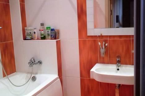 Сдается 1-комнатная квартира посуточнов Санкт-Петербурге, ул. Беринга 27.
