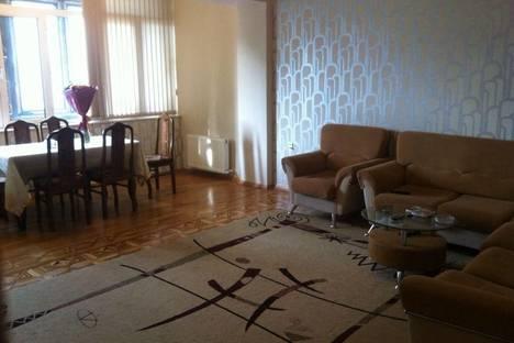 Сдается 3-комнатная квартира посуточно в Баку, 66 улица 28 Мая.