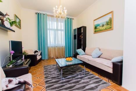 Сдается 3-комнатная квартира посуточнов Лобне, ул. Новый Арбат, 31/12.