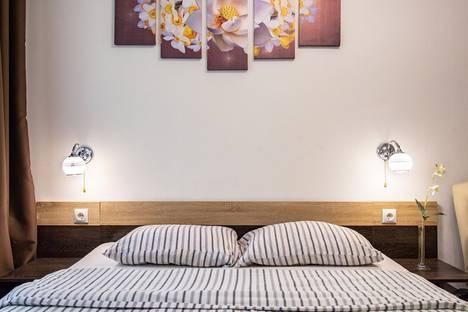 Сдается 2-комнатная квартира посуточно в Нижневартовске, улица Маршала Жукова 4 б.