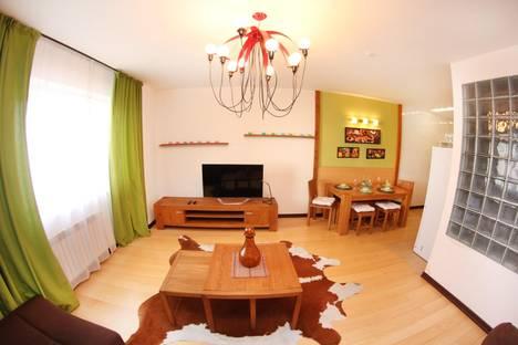 Сдается 3-комнатная квартира посуточно в Алматы, Авторский дизайн 3-х комн в МЕГЕ,Каблукова 270/2.