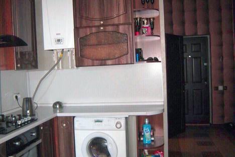 Сдается 2-комнатная квартира посуточно в Сочи, улица Роз, 115.