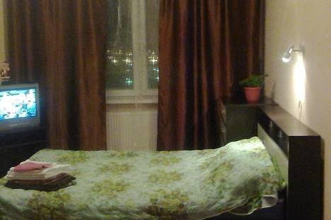 Сдается 1-комнатная квартира посуточнов Санкт-Петербурге, Комендантский проспект 51.