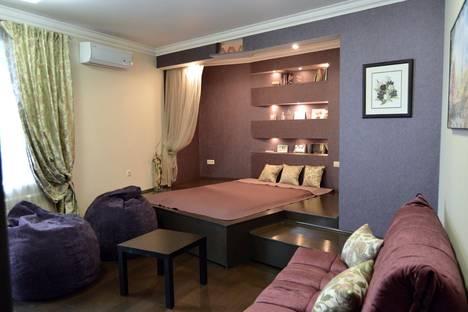 Сдается 1-комнатная квартира посуточнов Воронеже, улица Марата.