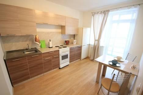 Сдается 1-комнатная квартира посуточнов Екатеринбурге, улица Индустрии 66.