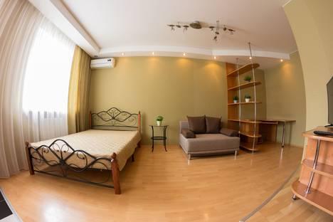 Сдается 1-комнатная квартира посуточнов Тюмени, ул. Минская д. 81.
