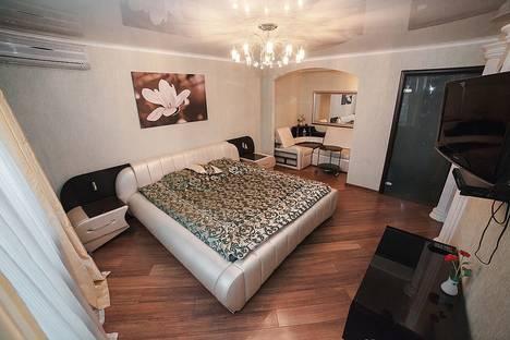 Сдается 1-комнатная квартира посуточнов Казани, Кул-Гали 2 а.