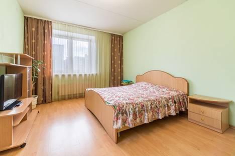 Сдается 1-комнатная квартира посуточнов Екатеринбурге, ул.Июльская, д.25.