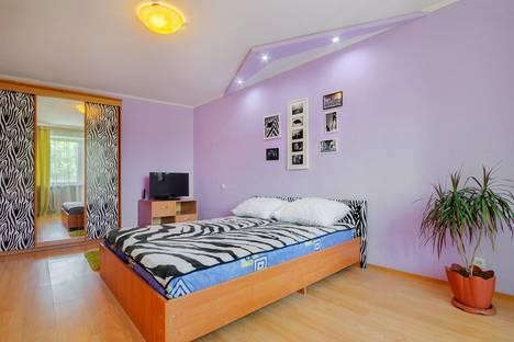 Сдается 1-комнатная квартира посуточнов Ростове-на-Дону, ул. Максима Горького, 217.