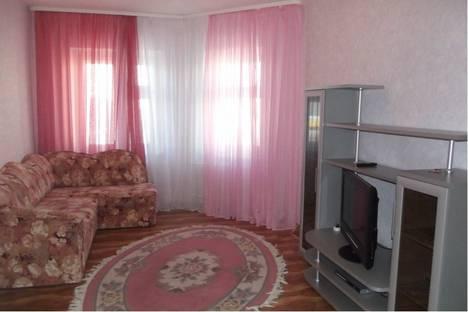 Сдается 2-комнатная квартира посуточно в Нижневартовске, ул. Нефтяников д. 37.
