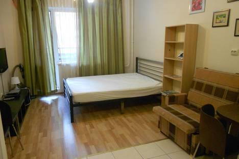 Сдается 1-комнатная квартира посуточнов Павловске, Варшавская ул., 19к5.