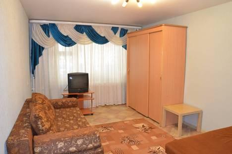 Сдается 1-комнатная квартира посуточнов Тюмени, Геологоразведчиков 23.