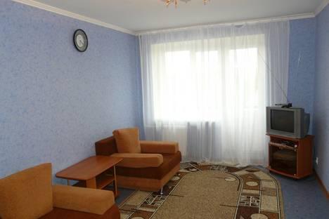 Сдается 1-комнатная квартира посуточнов Тюмени, Мельникайте 100а.