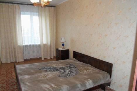 Сдается 2-комнатная квартира посуточно, Эгерский бульвар, 33.