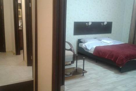 Сдается 1-комнатная квартира посуточно, ул. Радищева, 100.