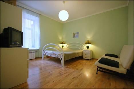 Сдается 1-комнатная квартира посуточнов Санкт-Петербурге, Восстания д.23.