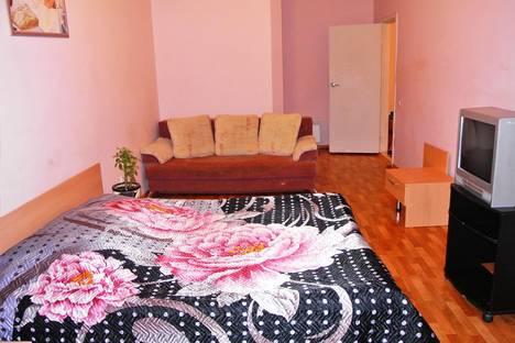 Сдается 3-комнатная квартира посуточнов Воронеже, Челюскинцев, 84А.