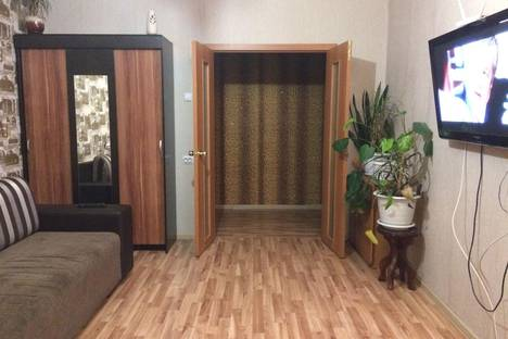 Сдается 1-комнатная квартира посуточно в Юрюзань, Советская 112.